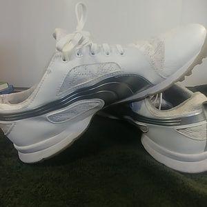 Puma Size 10 Waterproof Golf Shoes Everfoam